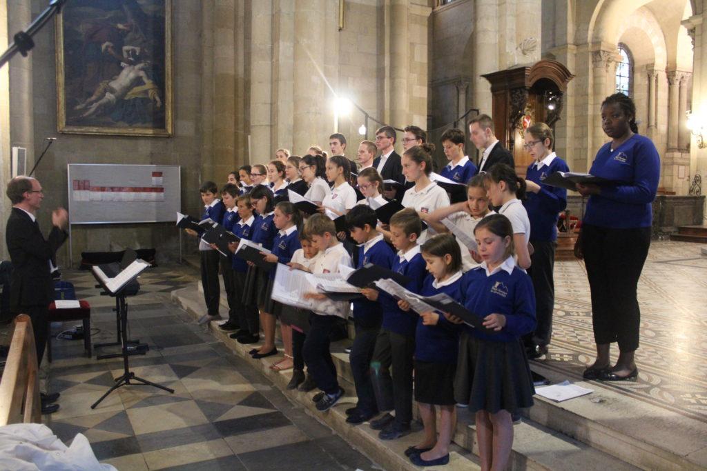 Concert dans la cathédrale de Valences avec les petits chanteurs
